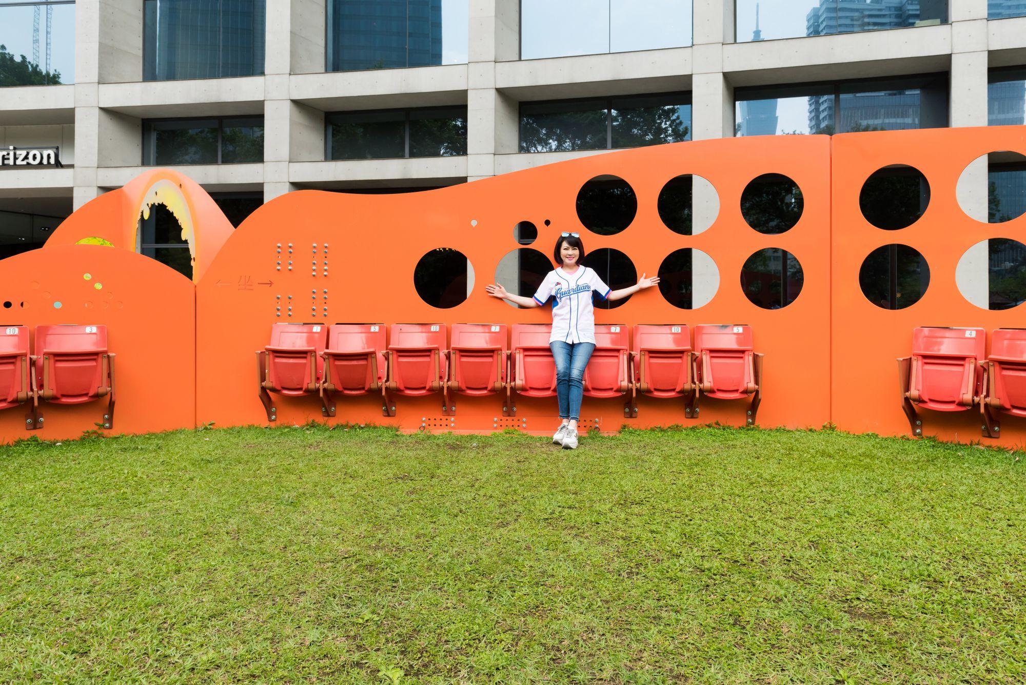 一份獻給城市的禮物!2019粉樂町「席、息相關Chair • Present」裝置藝術,發掘城市與人的嶄新關係