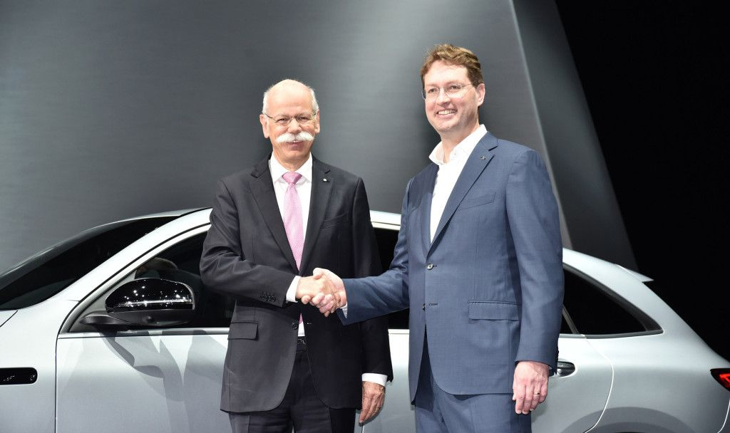 Mercedes-Benz總裁Dieter Zetsche榮退,卻駕駛BMW i8 Roadster展開退休生活?
