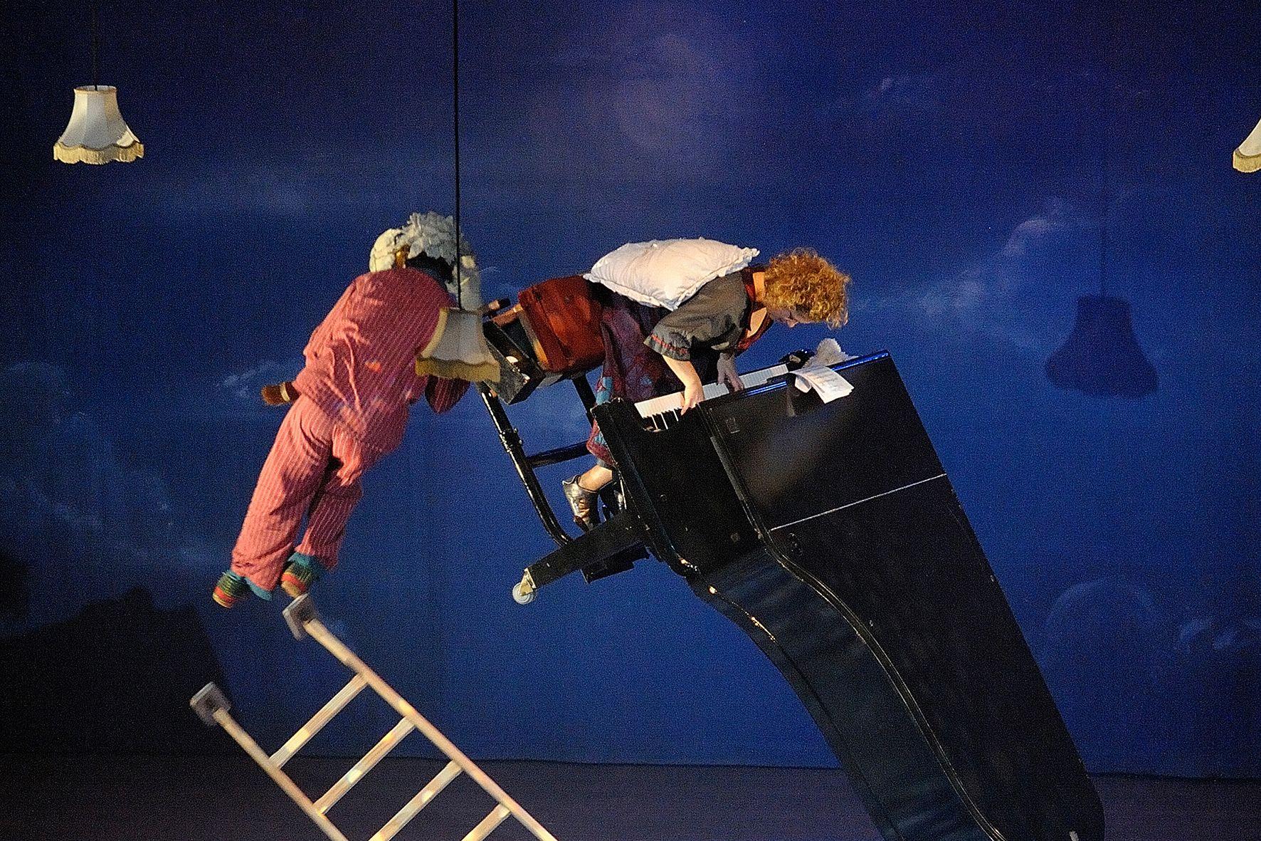《飛天鋼琴》Photo Credit Geert Brams臺中國家歌劇院提供