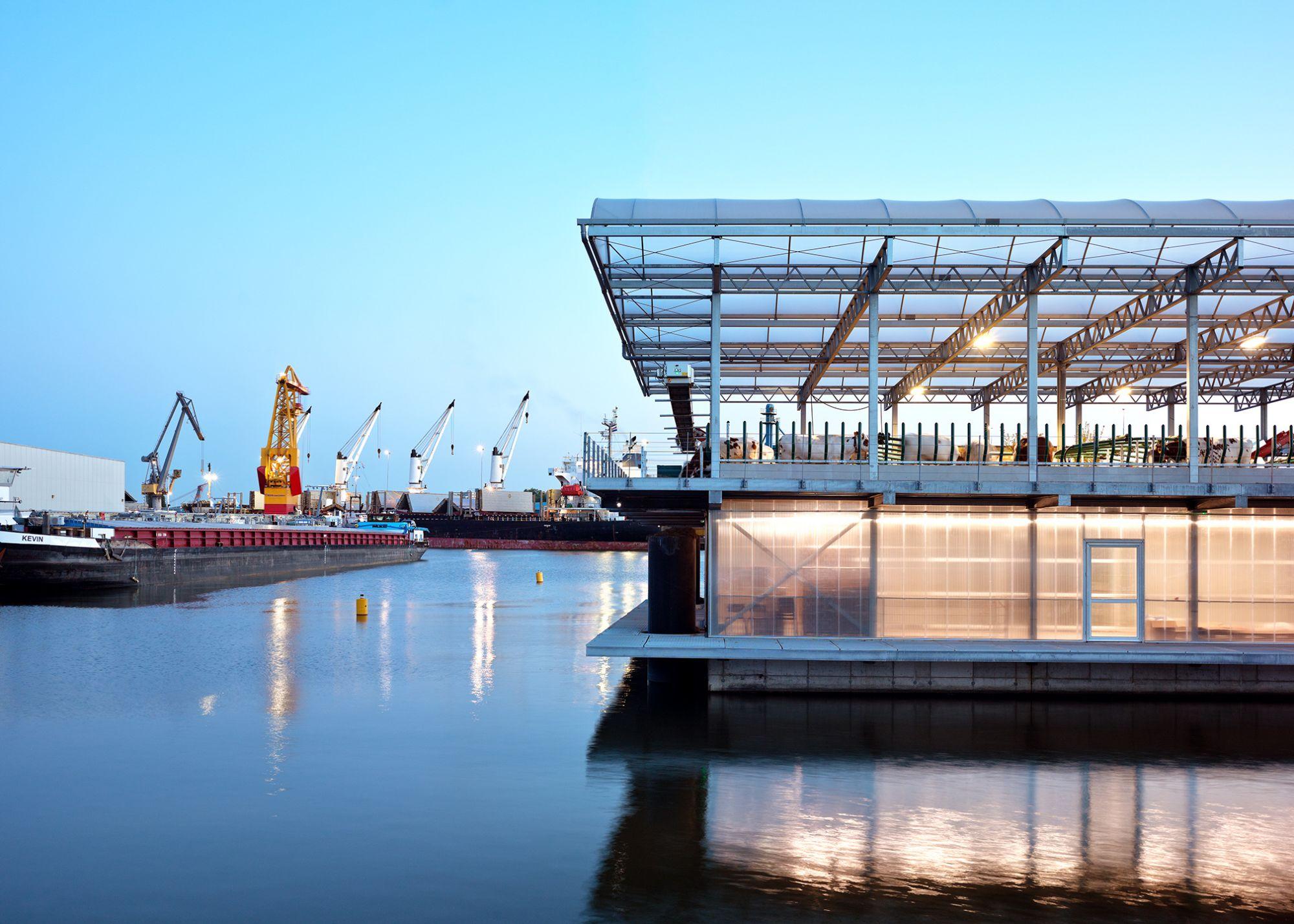 全球首座「漂浮農場」在這裡!跟歐洲人學習都市規劃新思維:縮短城市糧食供應鏈進而改變港口經濟