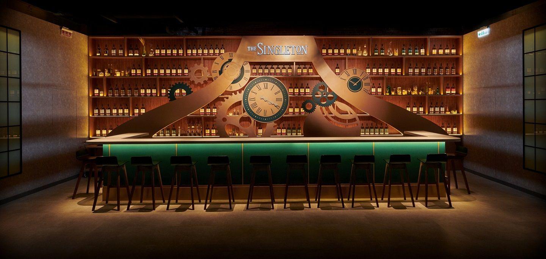 以旋轉酒吧完美演繹時間要素!The Singleton 蘇格登「慢吧」限期邀你體驗威士忌慢熟工藝