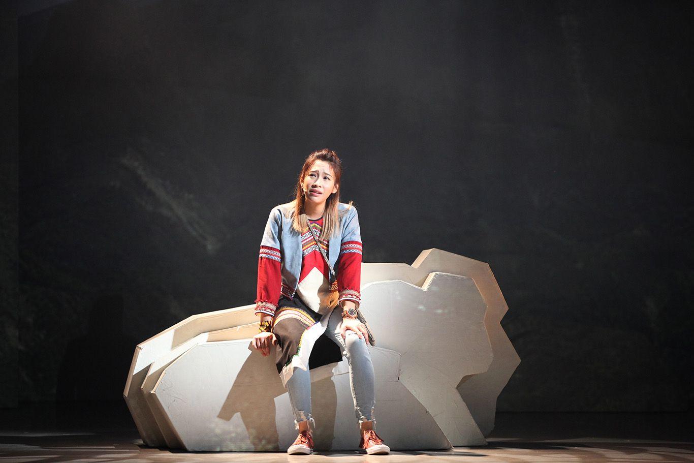 袁詠琳首次擔綱音樂劇女主角,因ABC的身份讓她在背台詞時發生許多糗事。