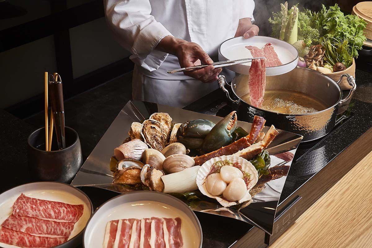 Mark's Shabu讓品嘗鍋物有更多趣味!主打代客烹煮的的板前鍋物料理檯