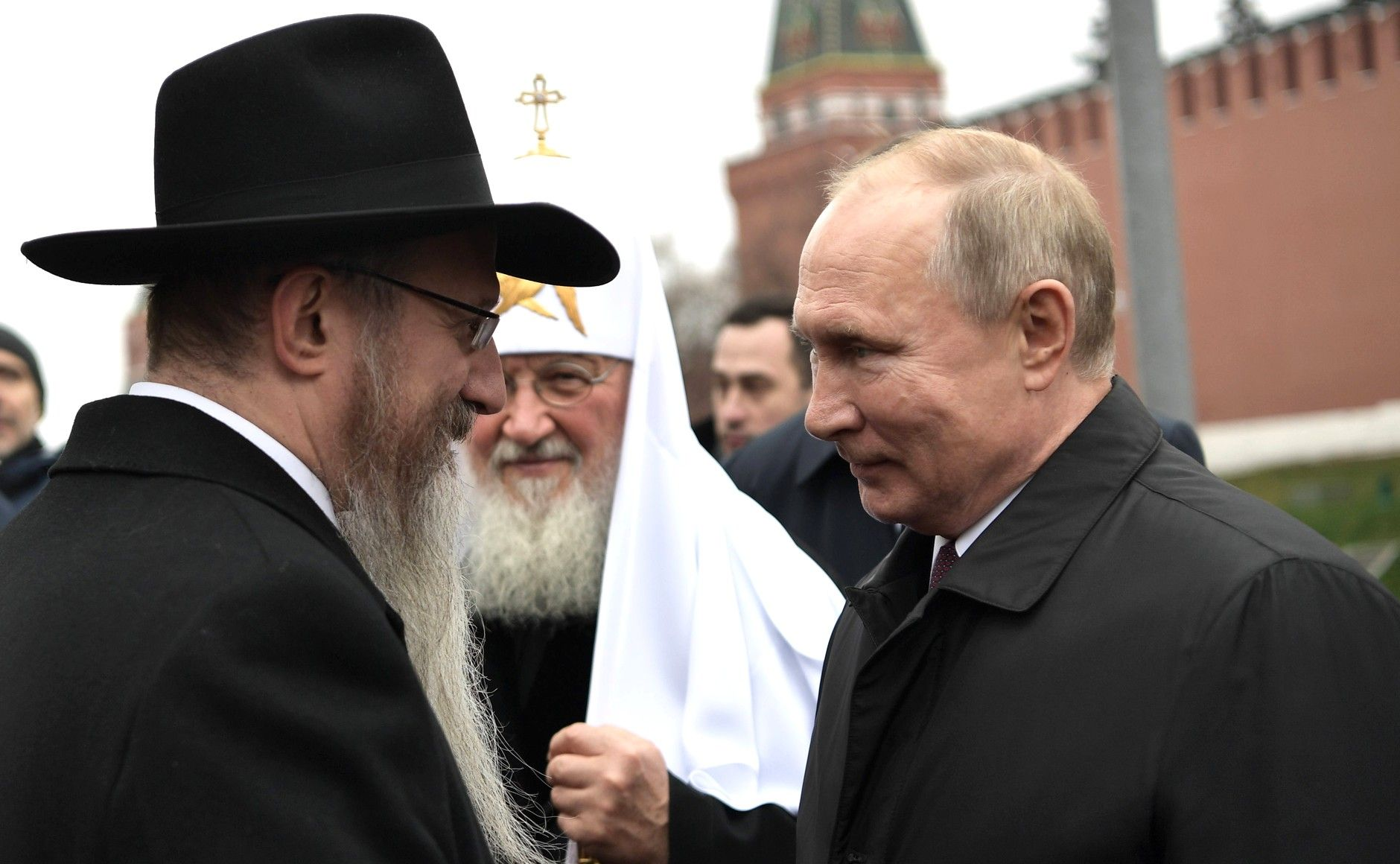 普丁正傳:新沙皇的崛起與統治!從列寧格勒的赤貧童年,到成為克里姆林宮的掌權者