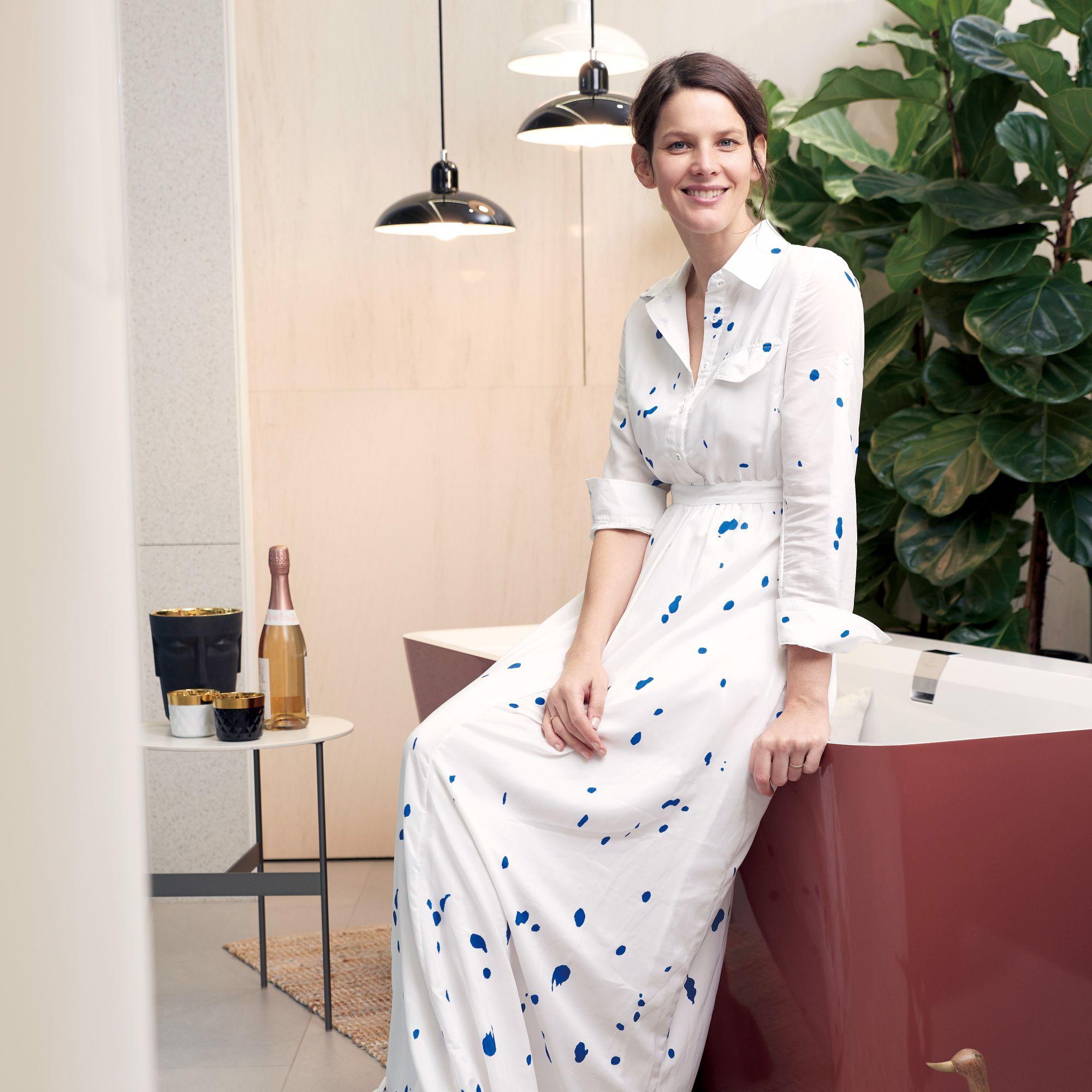 衛浴也要很活潑!產品設計師Gesa Hansen在面盆上揮灑色彩,將巴黎四季帶入空間內