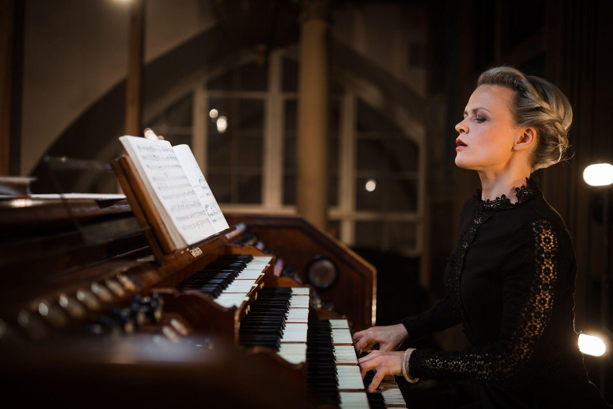 不容錯過的天籟樂音!管風琴天后伊維塔.艾普卡娜獨奏會一月登場