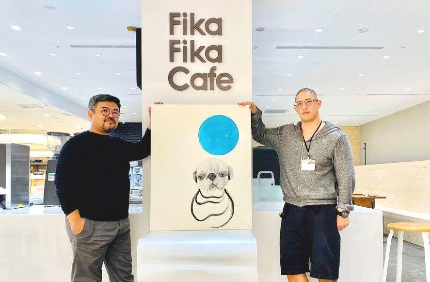 橙果設計創辦人蔣友柏加持!Fika Fika Cafe遠百信義A13店推出獨家咖啡杯與飲品