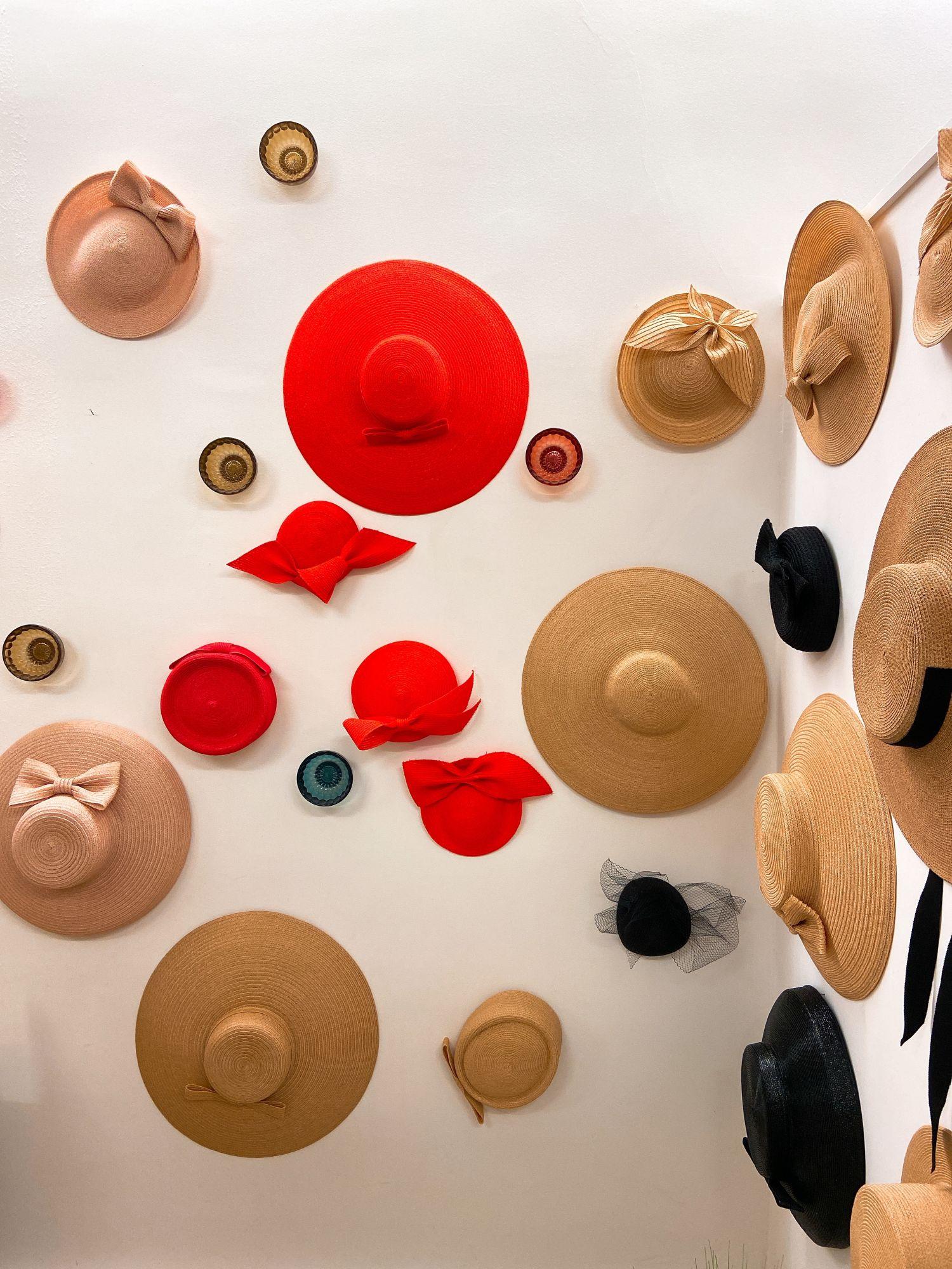 梅根王妃也愛不釋手!帽子控此生必逛,3間巴黎手工訂製帽子工坊推薦