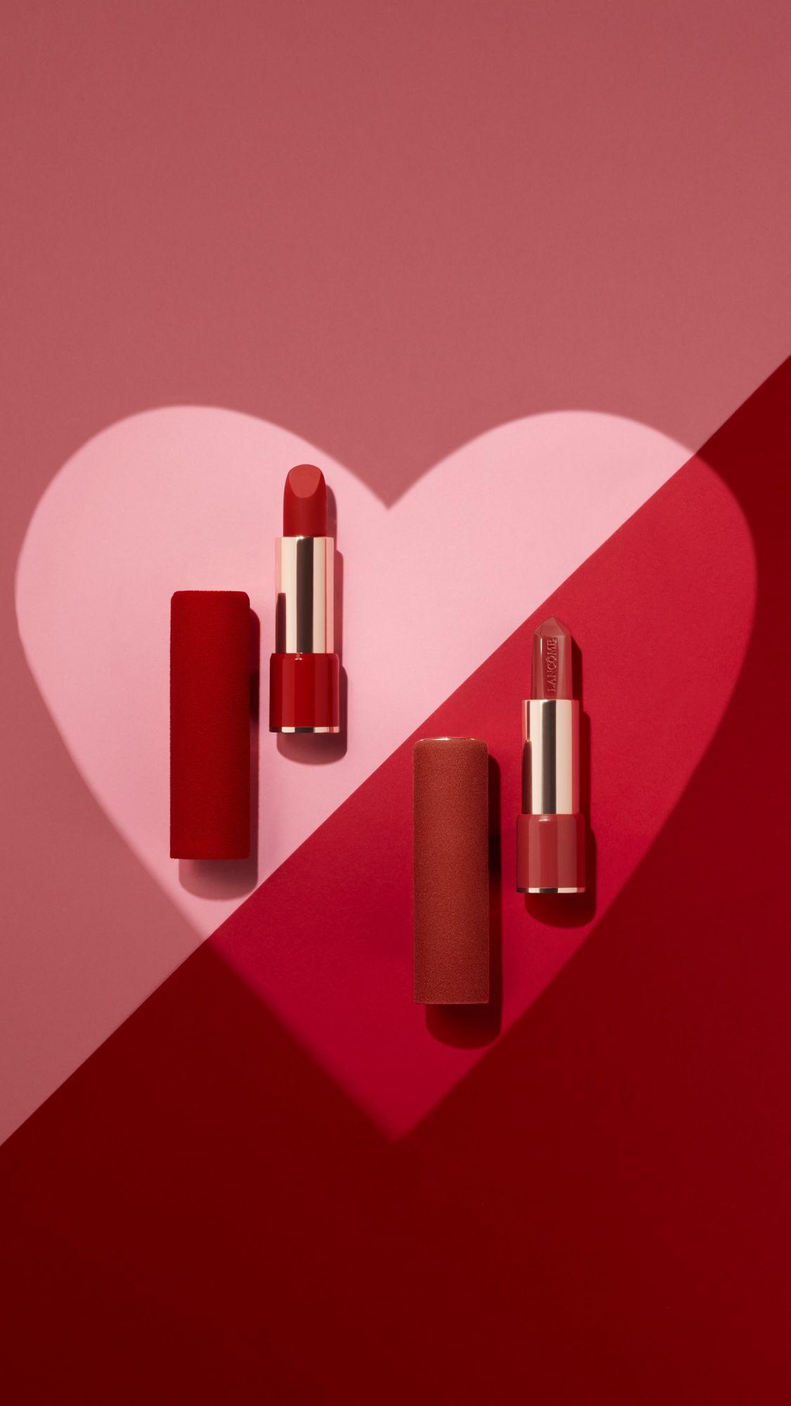 就用垂涎欲滴的紅唇征服整場浪漫晚餐!2020情人節5支可愛、性感兼具「可口紅」唇膏推薦