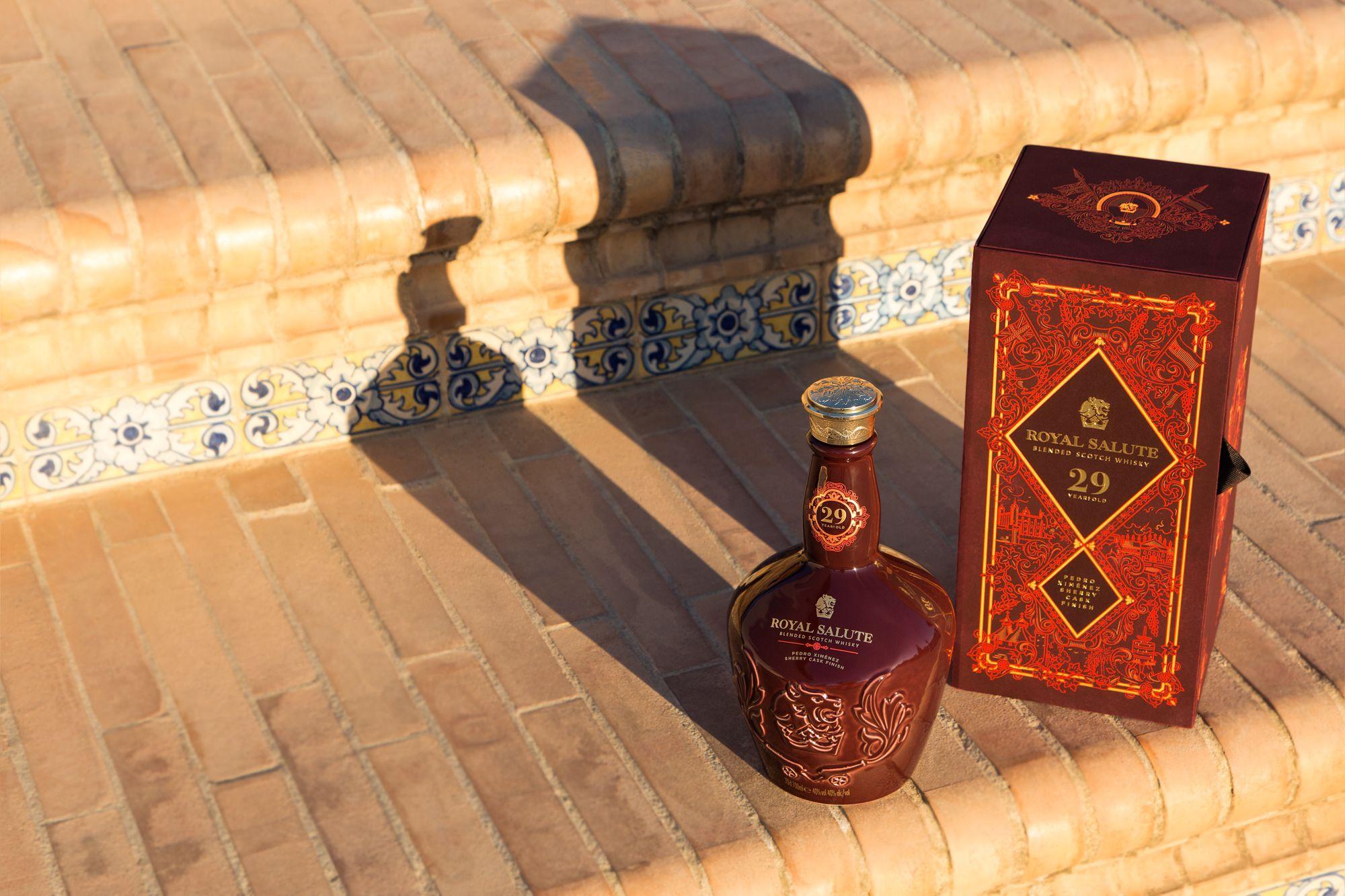 首次百分百 PX 雪莉桶熟成!Royal Salute 皇家禮炮29年PX雪莉桶調和蘇格蘭威士忌瓷藝系列限量上市