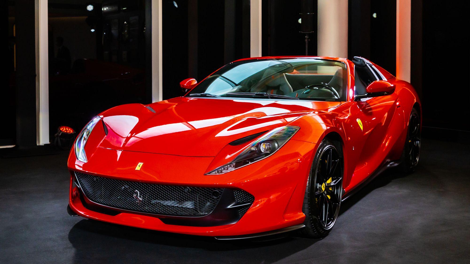睽違50年 王者回歸!法拉利 Ferrari V12 引擎量產敞篷跑車812 GTS,3秒內從0加速到100公里/時