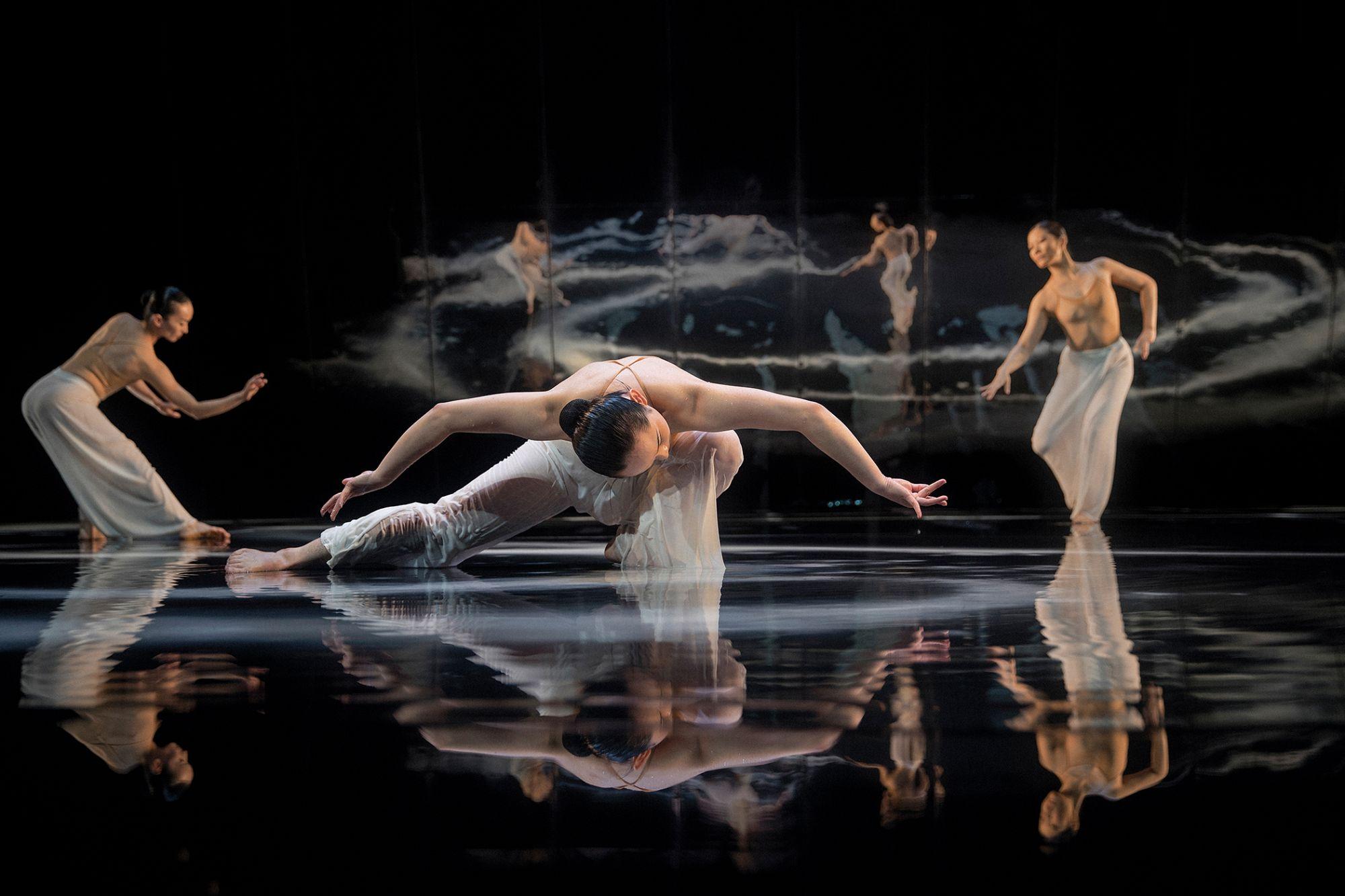 在家也能欣賞雲門舞集經典之作!《水月》將於英國沙德勒之井線上劇院播出