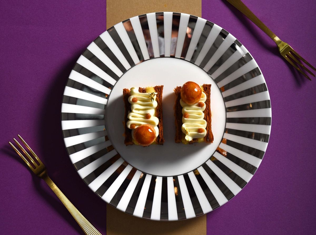 紫艷酒吧 X Wedgwood!英式餐瓷與午茶打造專屬31樓層的視覺摩登感