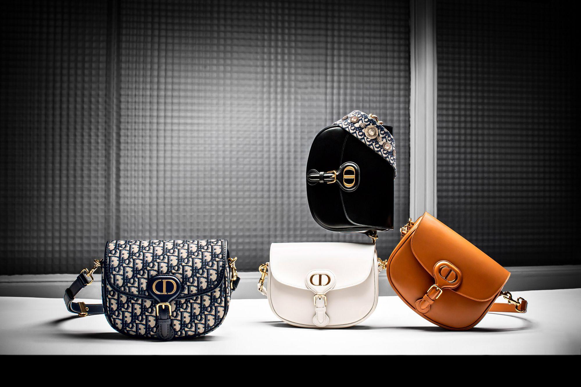 2020一定要入手的IT BAG大公開!全球時尚意見領袖魅力演繹Dior Bobby 肩背包:孫芸芸、賈靜雯、JISOO搶著背!