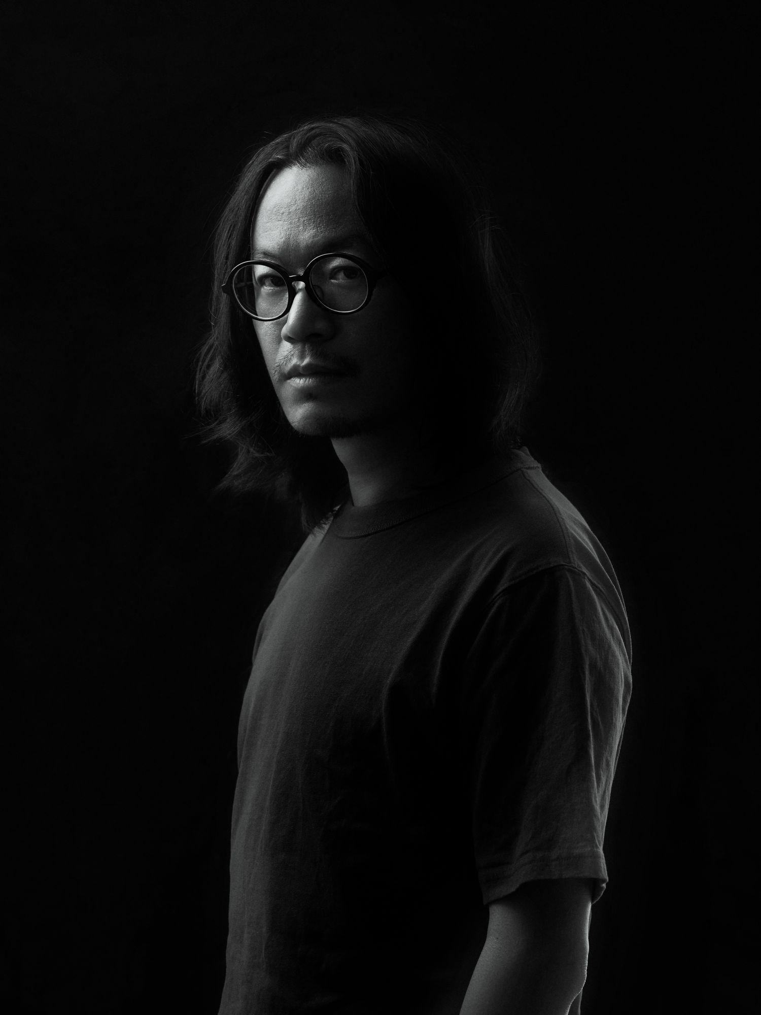 台灣當代攝影藝術的鬼才標記!邵亭魁:「你必須有獨特的美感,只有少數的位置留給擁有最獨特視角、大膽的創作者。」