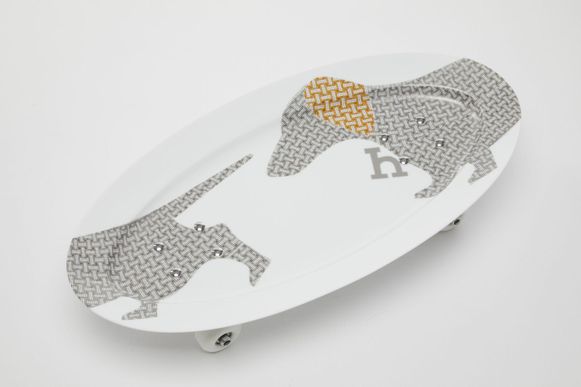 滑板造型裝飾瓷盤_NT$ 151,200起 (依商品實際材質而定).jpg