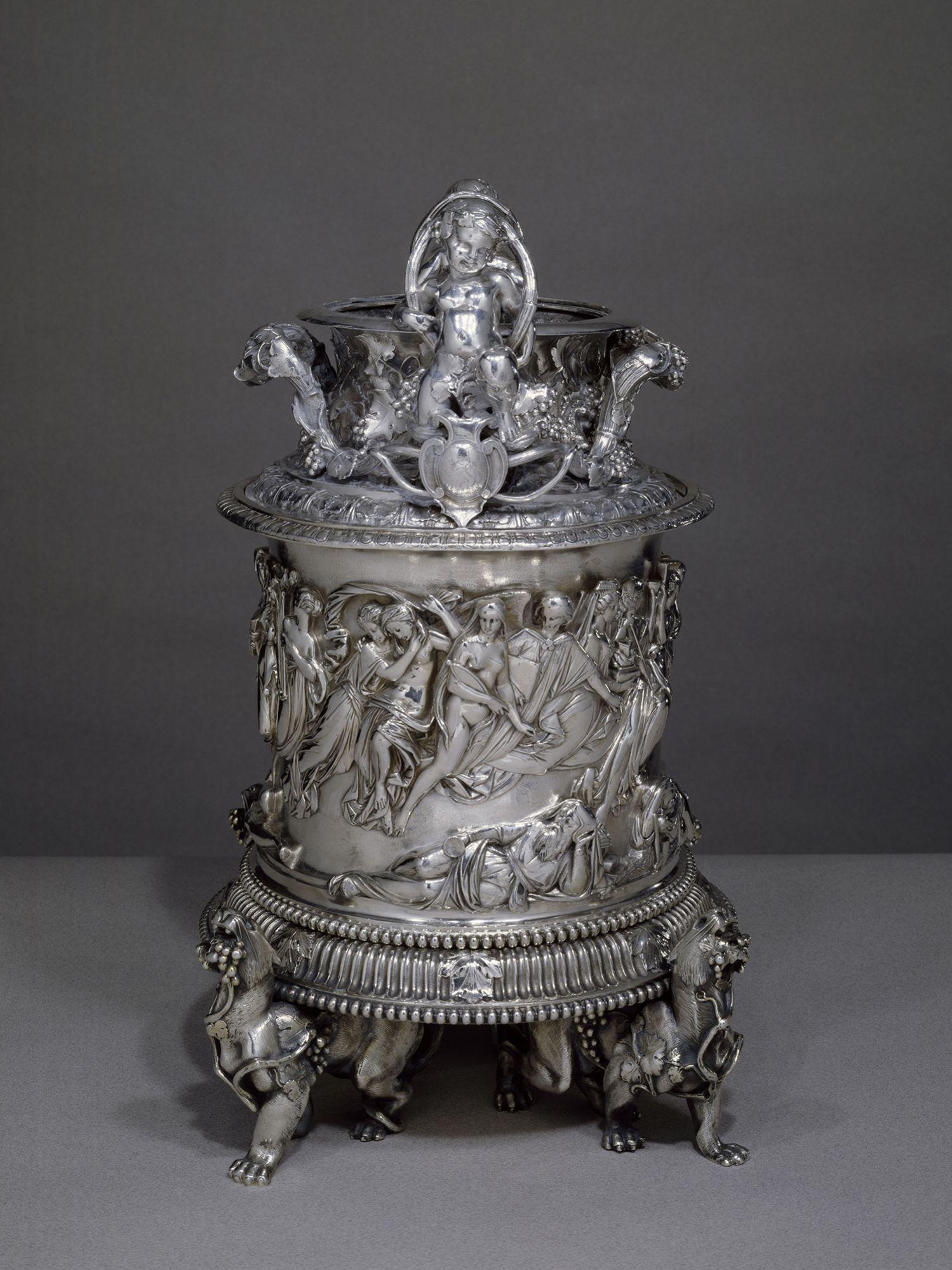 醉飲之夢銀質冰桶,約1844年打造 by Chaumet。
