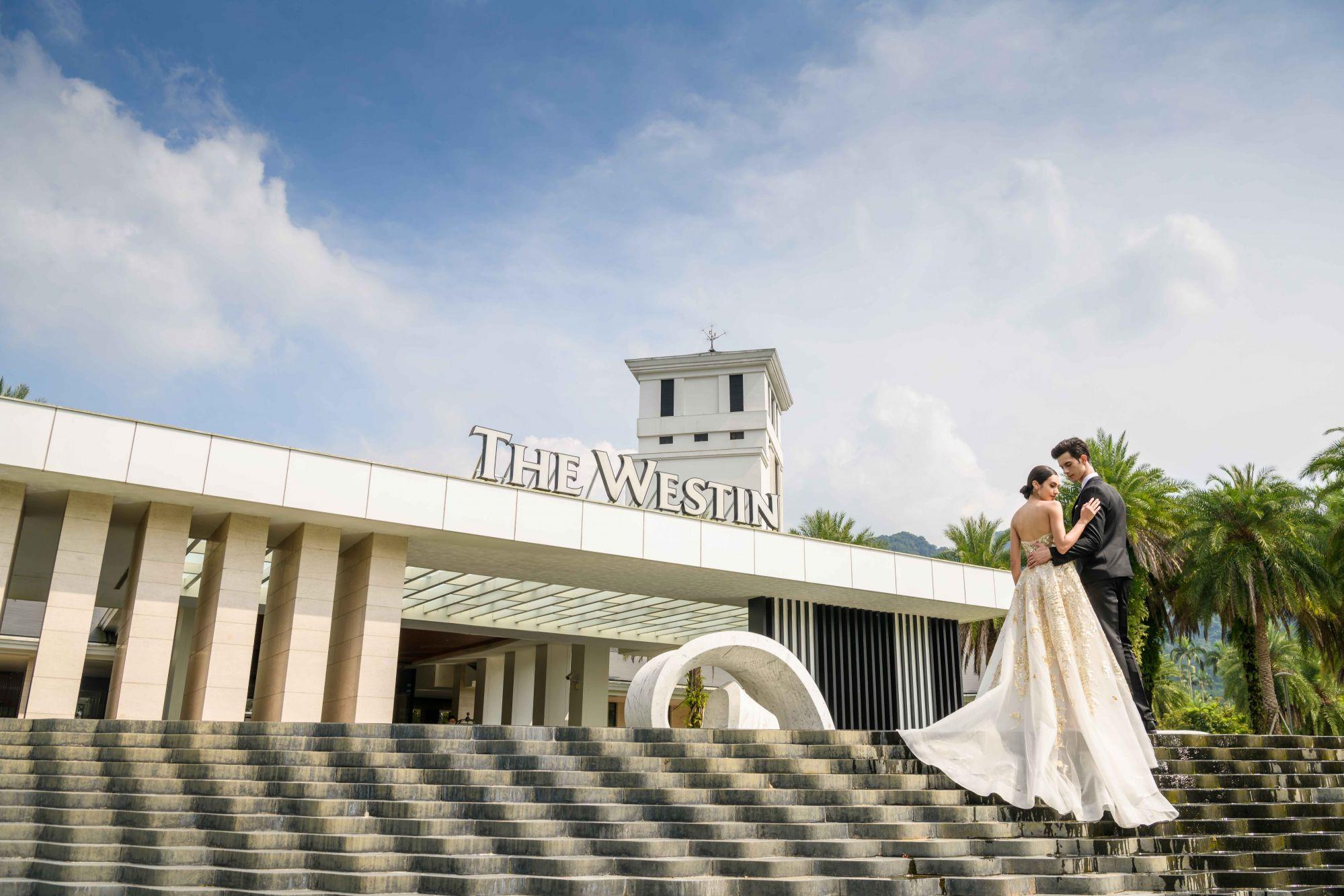 大溪威斯汀絕美戶外證婚教堂,締造國際度假婚禮秘境