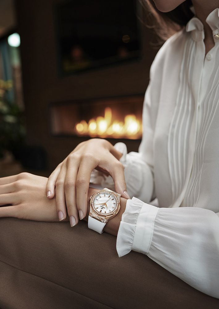經典融合系列Orlinski光燦白腕錶,皇金款 by Hublot。