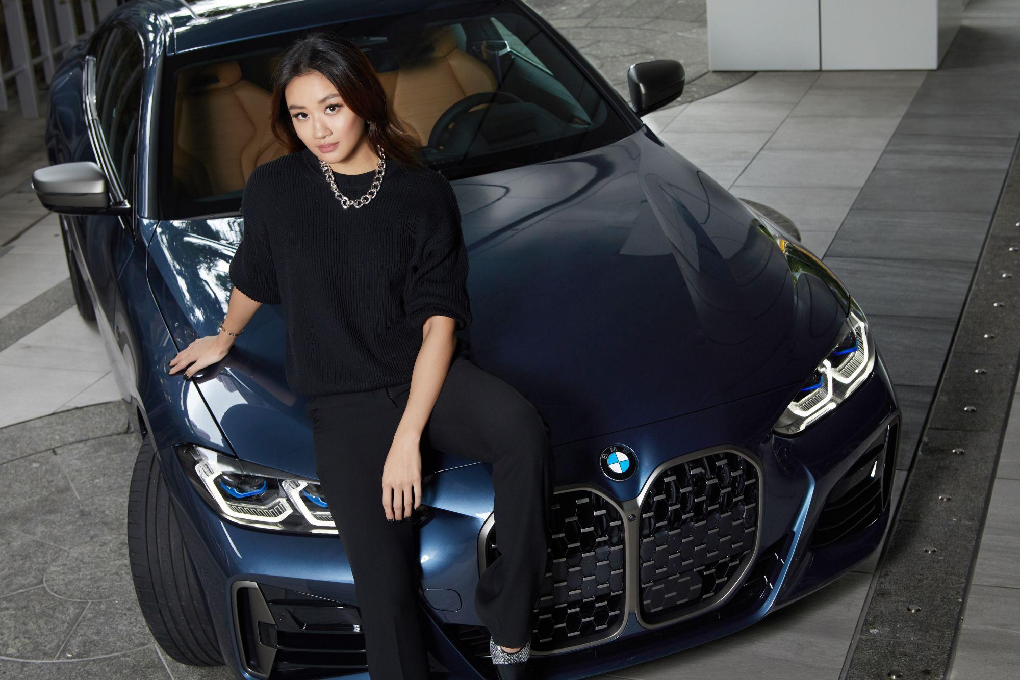 BMW 4 系列雙門跑車,與Nicole + Felicia藝術總監張方綺一同Dare to be Distinctive