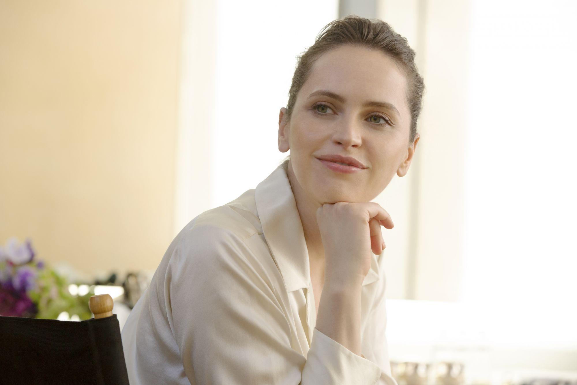 底妝第一步:選擇完美妝前乳!盤點10款修飾泛紅、暗沉、蠟黃神品,回歸透亮肌底!