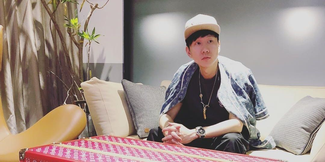 JJ Lin Gives Fans a Peek into His Massive Taipei Home on Instagram