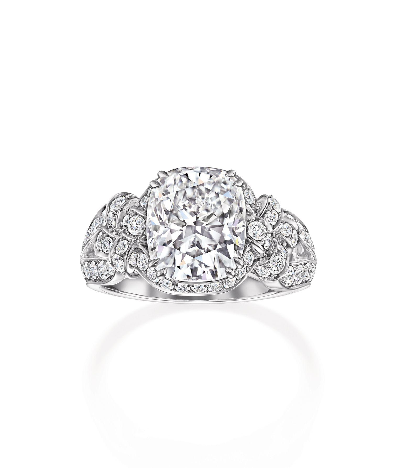訂製系列枕型切工鑽石訂製戒指。