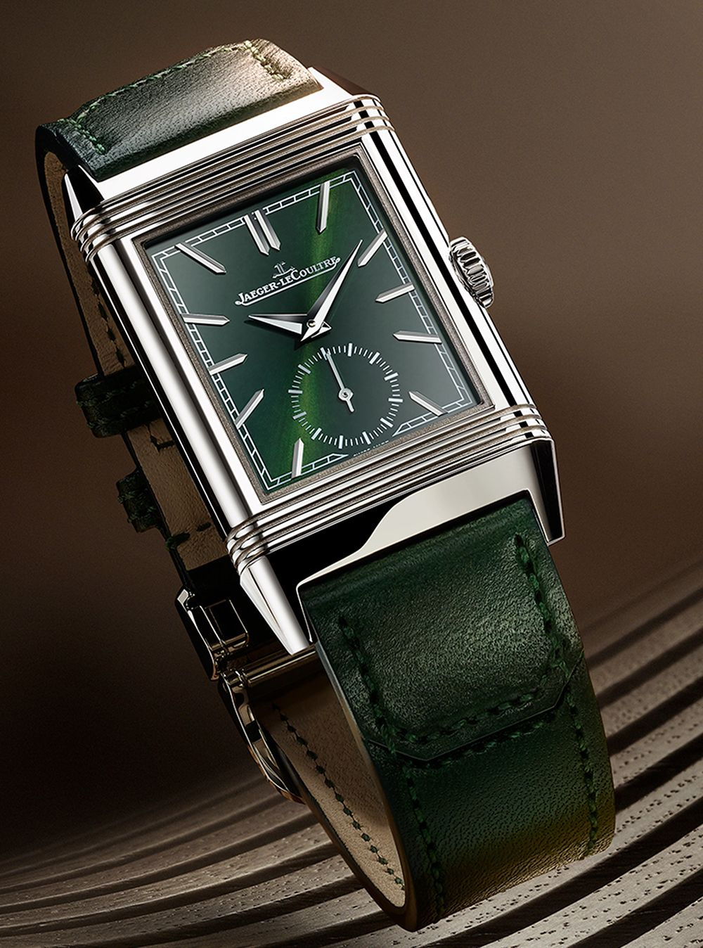 Reverso Tribute Small Seconds 翻轉系列小秒針腕錶綠色款by Jaeger-LeCoultre。