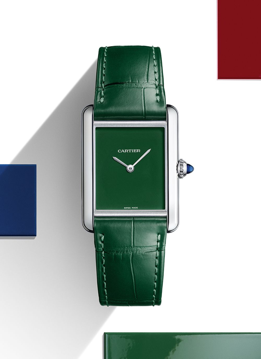 Tank Must綠色腕錶by Cartier。