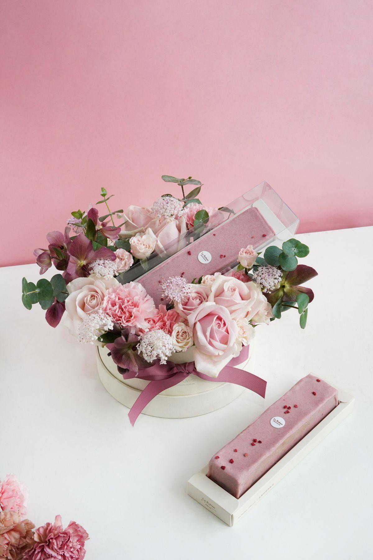 粉彩花園-中白圓蛋糕花禮。