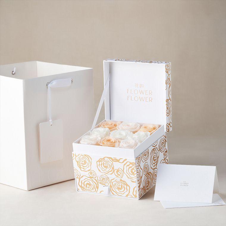 Mellow Coral 哥倫比亞永恆玫瑰花珠寶禮盒。