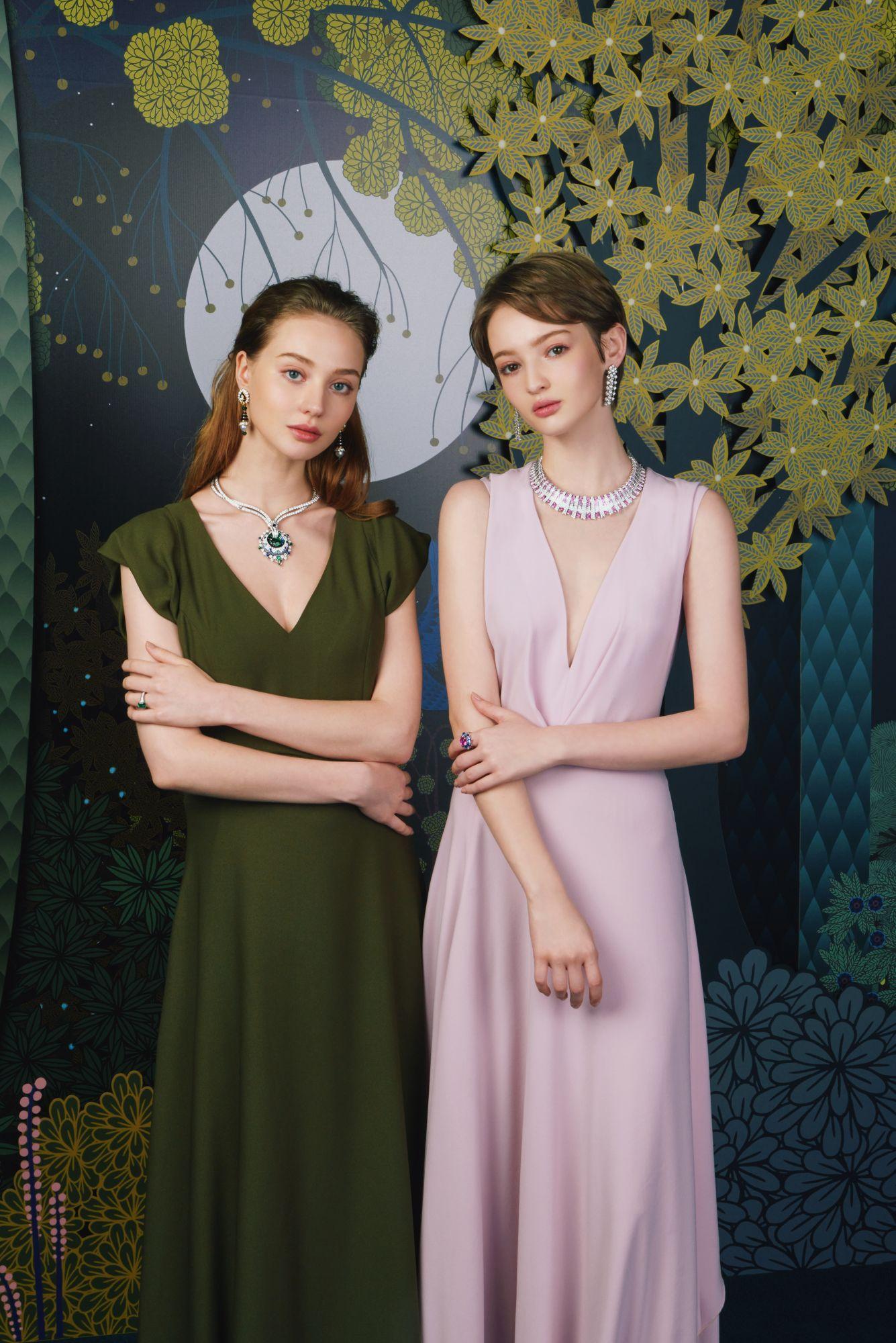 模特兒演繹Van Cleef & Arpels高級珠寶。