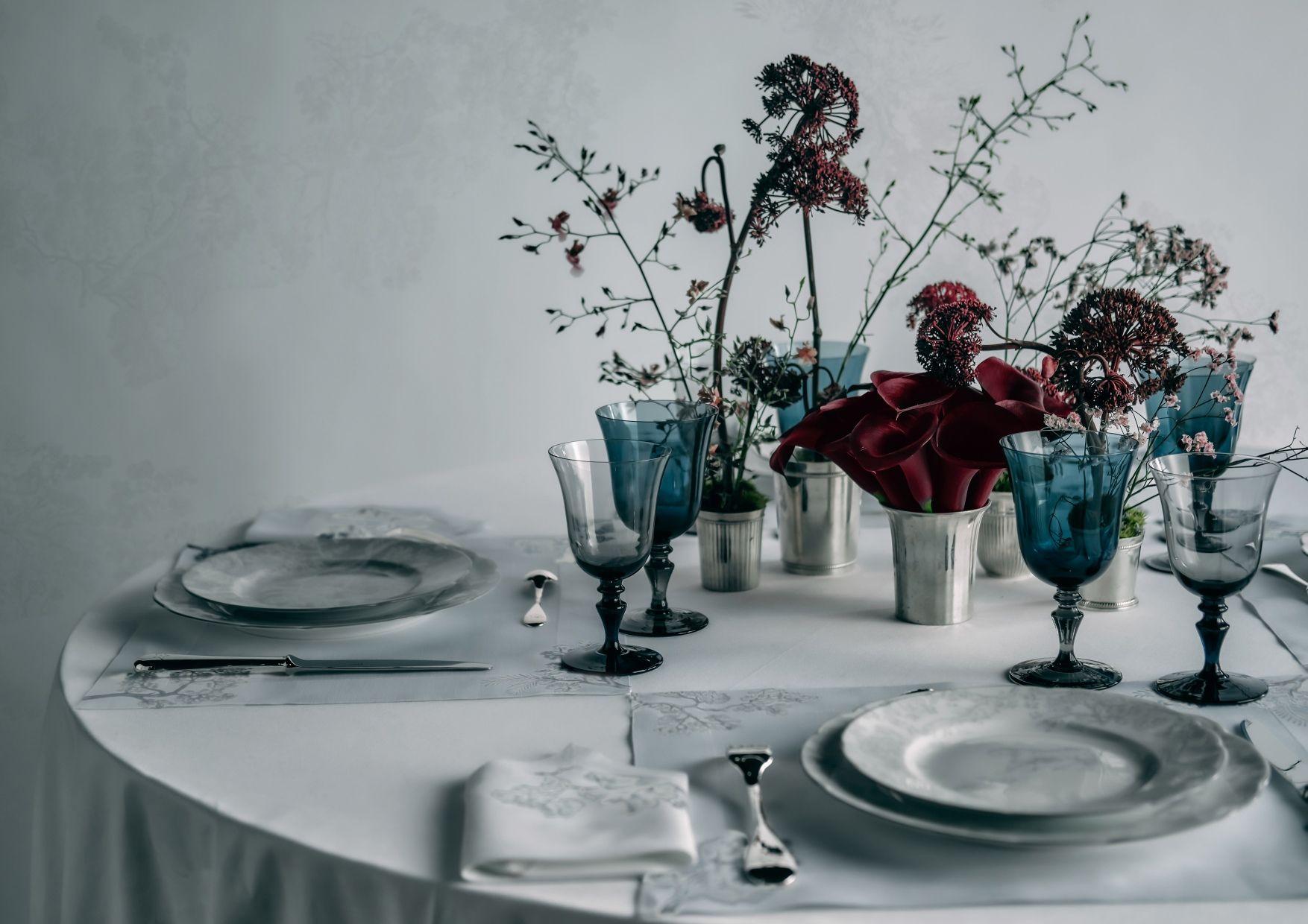 疫情在家買什麼?Dior、Gucci、Saint Laurent⋯⋯5 大時尚世家祭出絕美家飾系列