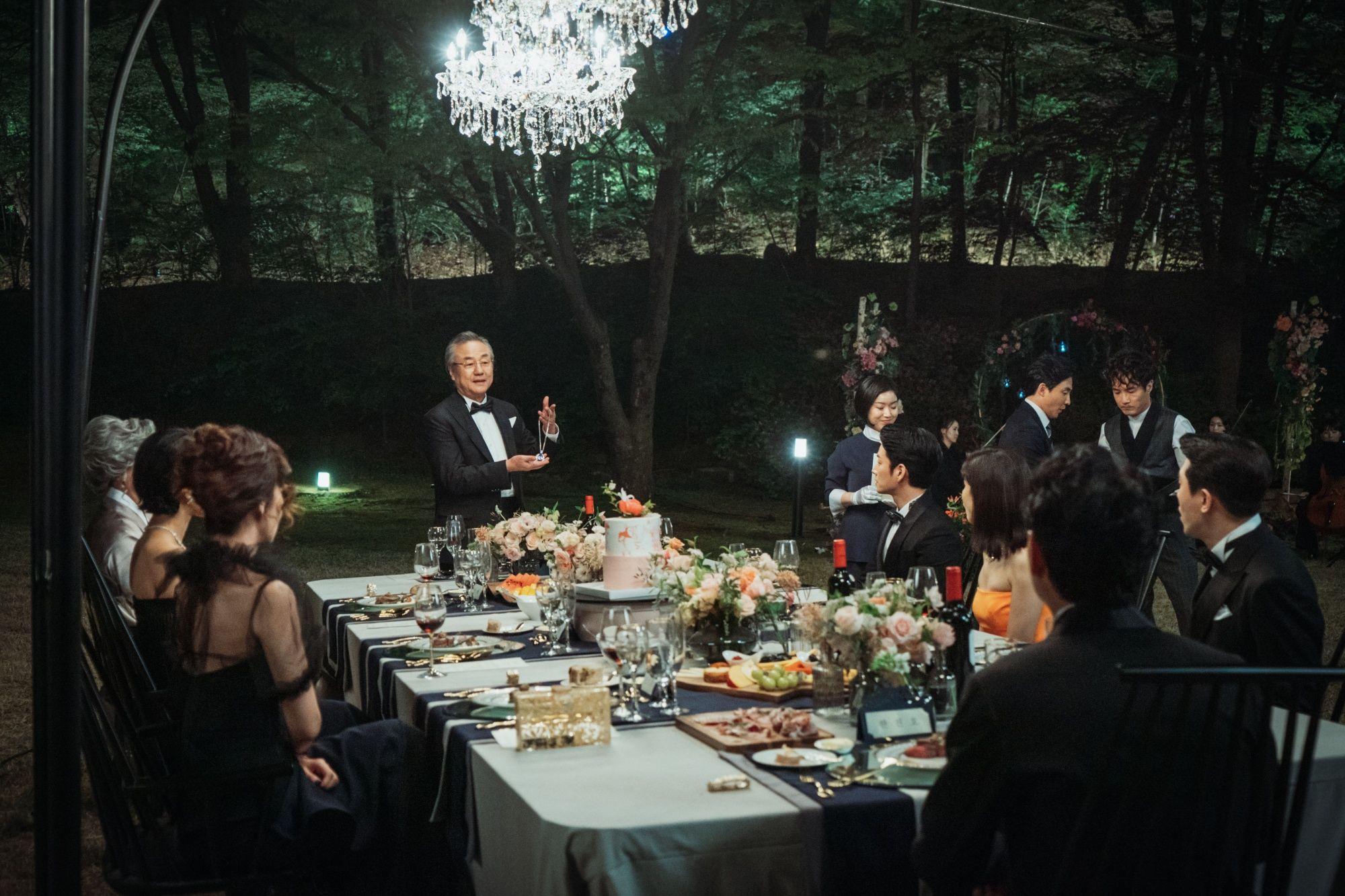 《我的上流世界》金瑞亨、李寶英奢華行頭超吸睛,同款名牌包一次看!