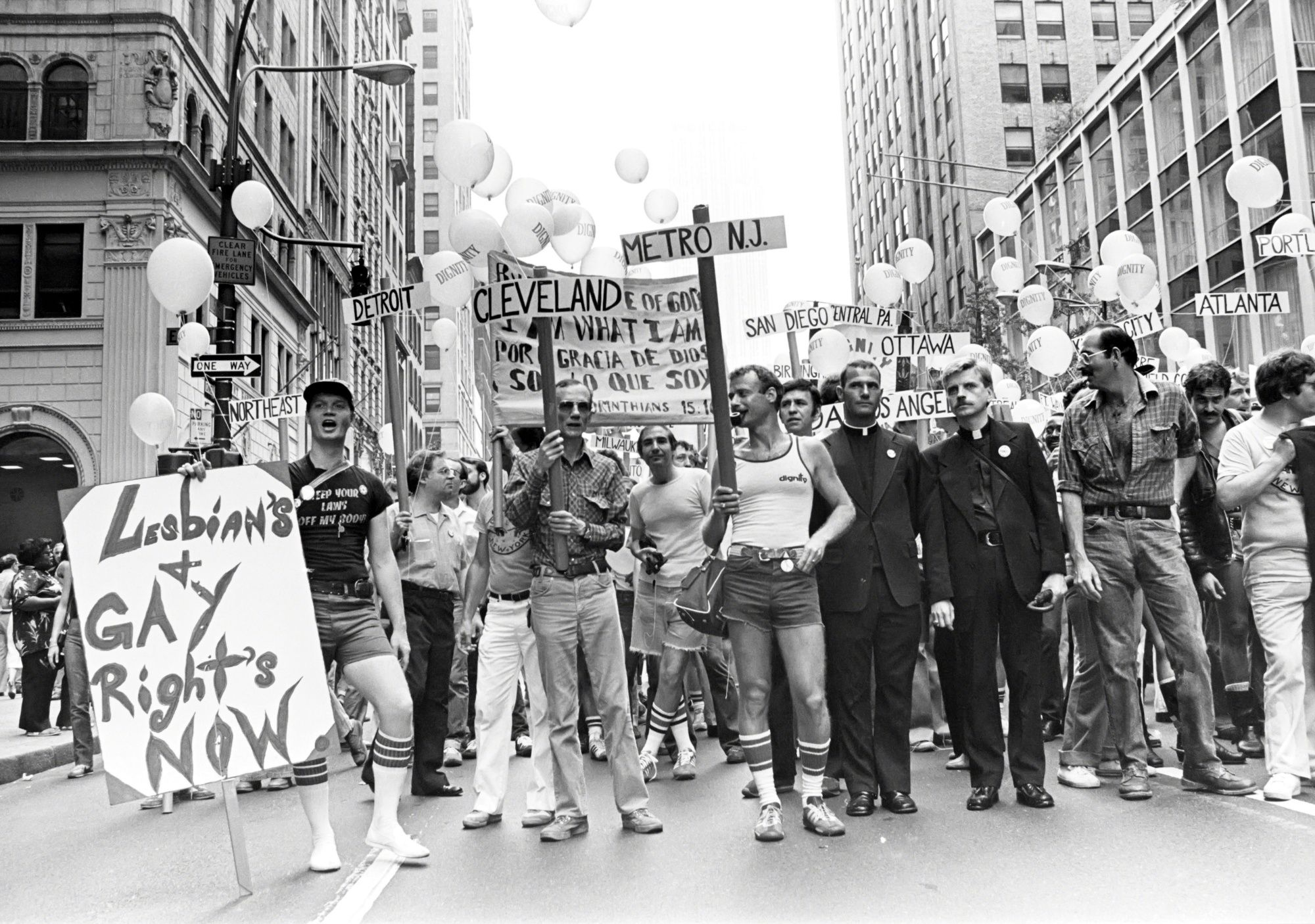 NEW YORK, NY - CIRCA 1980: Gay Pride demonstration circa 1980 in New York City. (Photo by Arpadi/IMAGES/Getty Images)