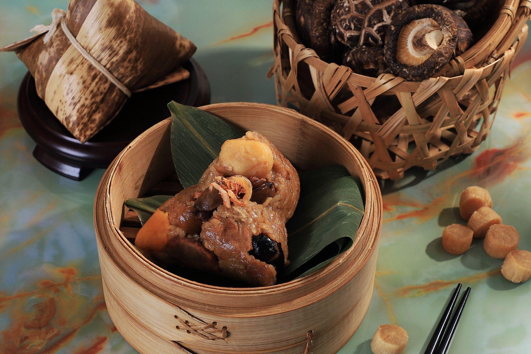 端午節吃粽子。(圖片來源/台南晶英酒店)