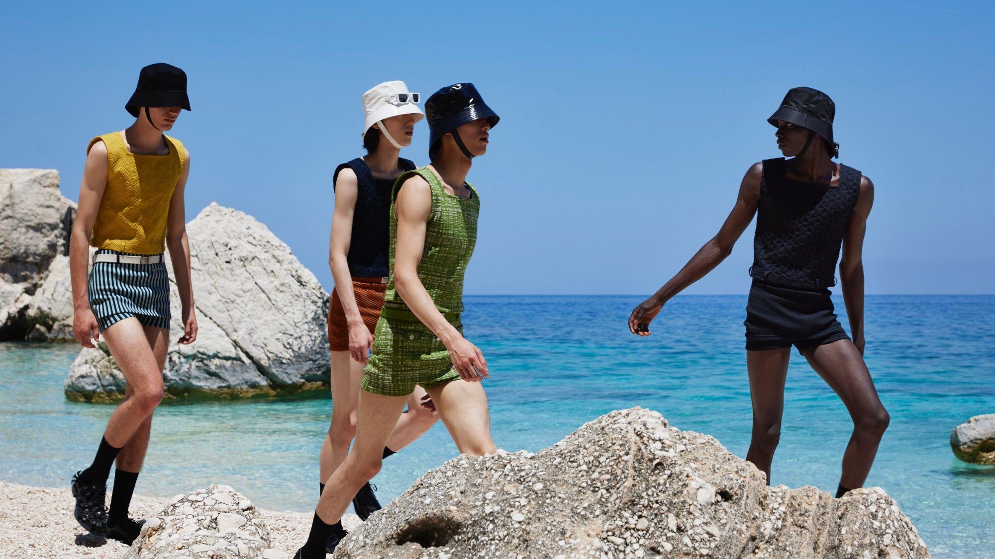 Prada 2022 春夏男裝 6 大必看重點:超短小熱褲、繫帶漁夫帽將是下一個爆款?