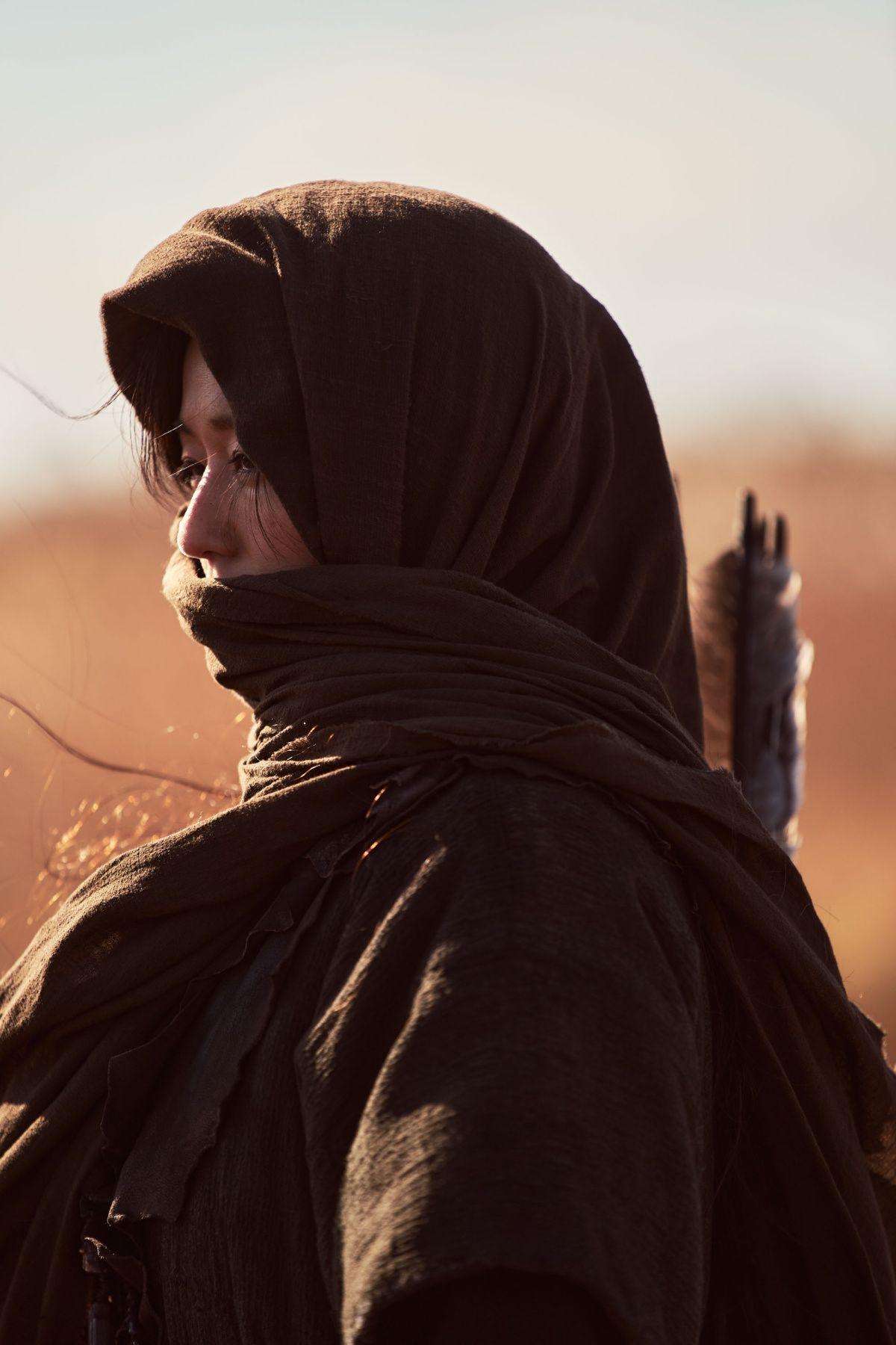 《屍戰朝鮮:雅信傳》,全智賢飾演女主角「雅信」。圖片來源/Netflix