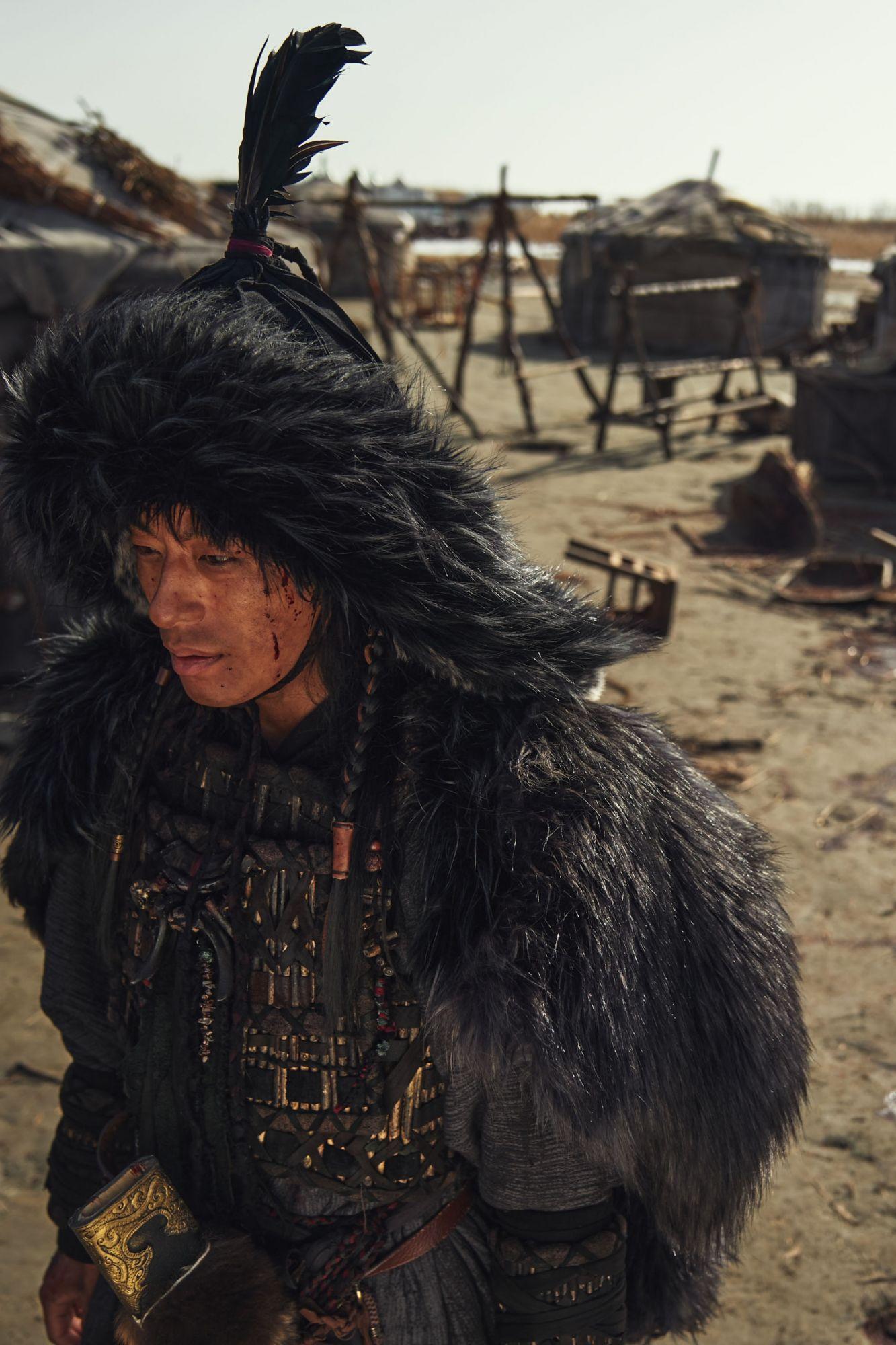 《屍戰朝鮮:雅信傳》具敎煥飾演婆豬衛頭目「阿里多干」。圖片來源/Netflix