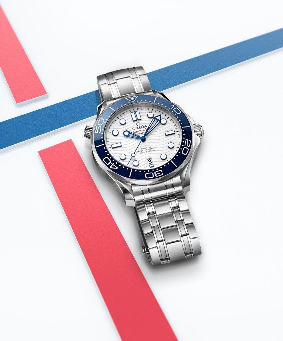 海馬潛水300米東京2020腕錶。