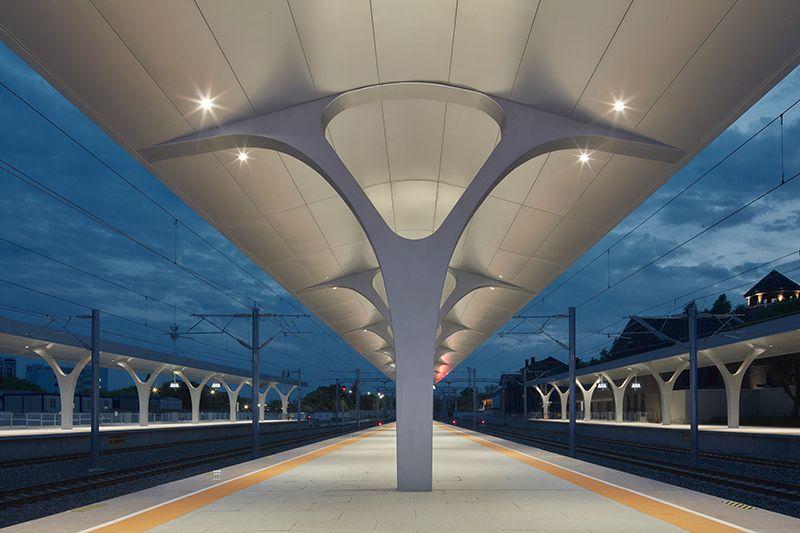 嘉興火車站。攝影:存在建築。