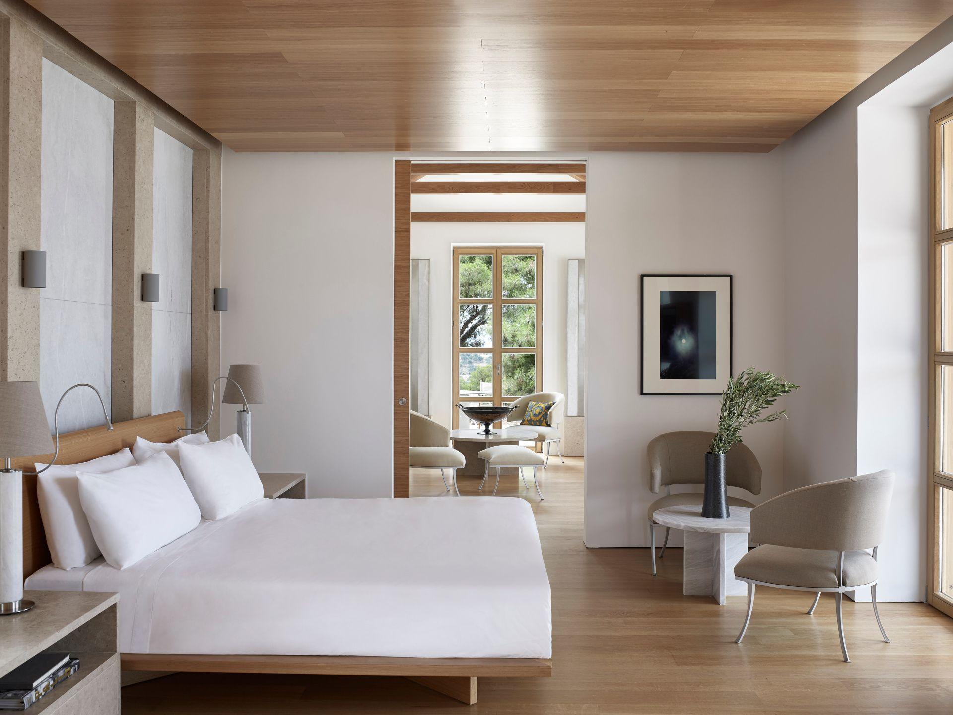 安縵卓熠(Amanzoe)別墅推出全新六座雙卧室別墅,以及設有 4 至 6 間卧室的 17 座別墅和 4 座沙灘別墅,現已全部公開發售。