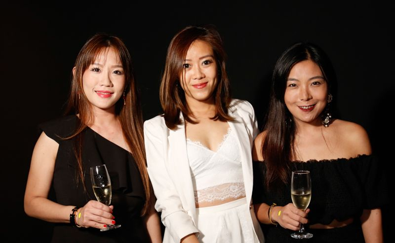 Elaine Tan, Tania Tan and Teresa Thian