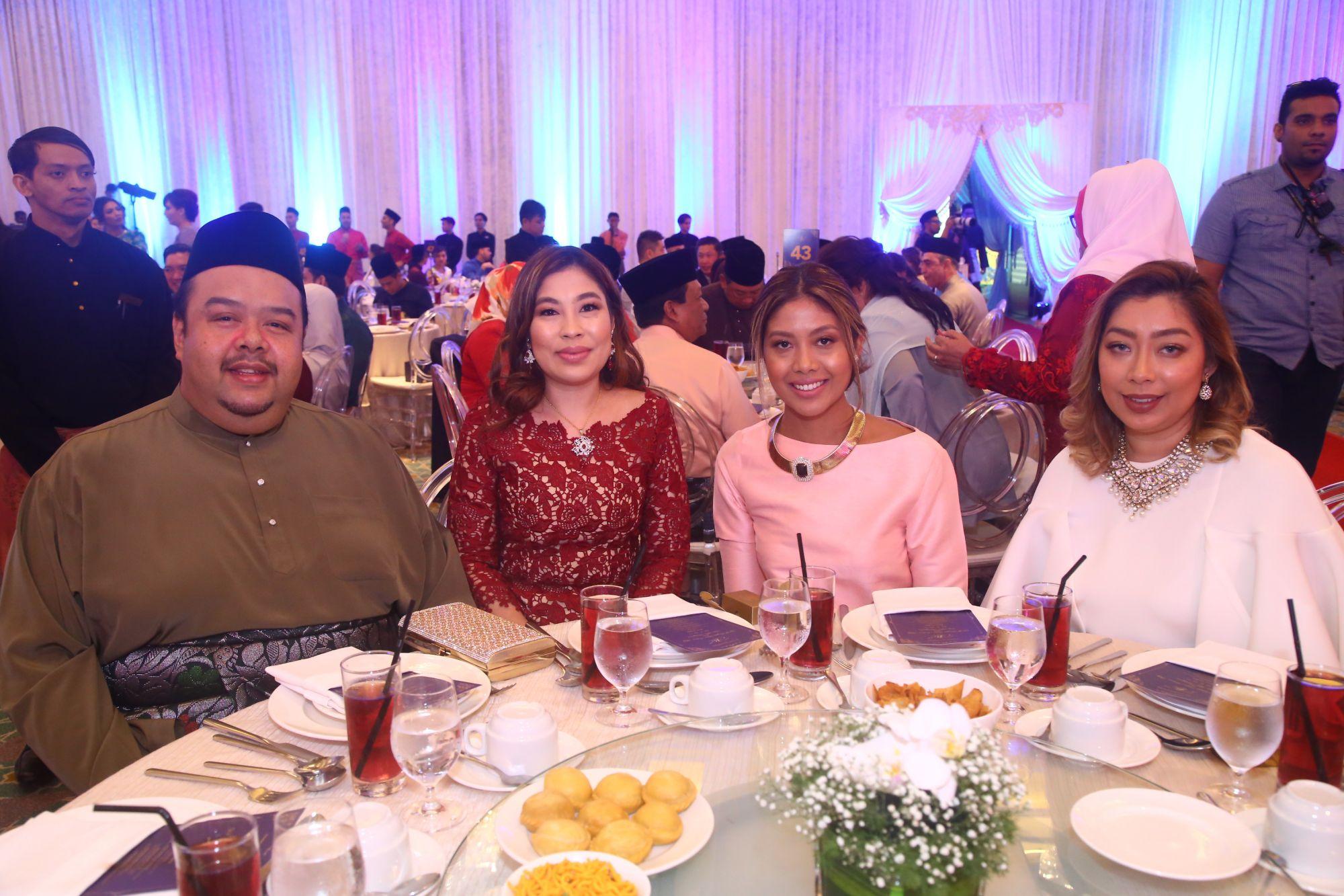 Yazuan Yatm, Maizura, Malisa and Maizira Muhd