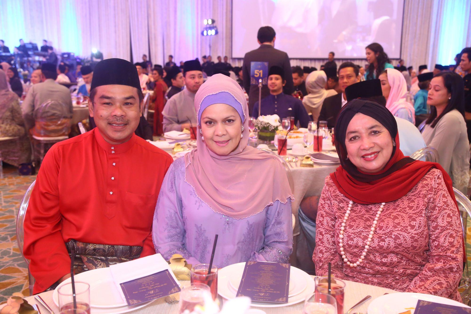 Dato Zainal Abidin Mohd, Dato Rozana Khalid and Dato Sri Mohaiyani Shamsudin