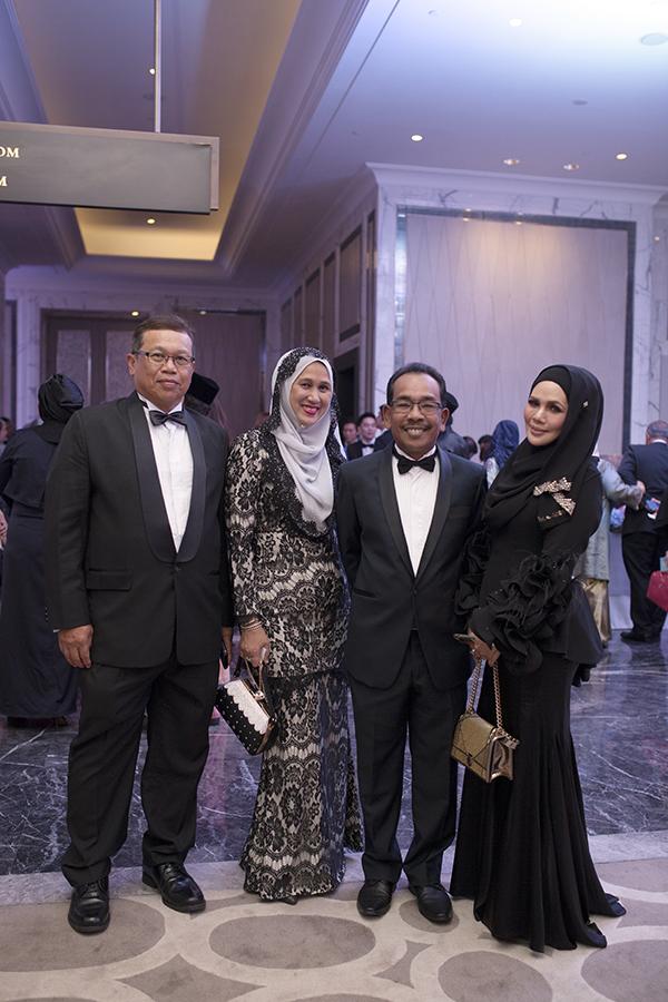 Lt Gen Dato' Sri Wan Normazlan Che Jaafar (TUDM), Yang Arif Dato' Rozana Ali Yusoff, Dato' Sri Supardi and Datin Siti Noor Asyikin