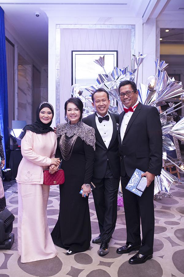 Siti Haidah, Dato' Farisah Mohd Farid, Dato' Abd Rashid Jabir and Mohd Shah Dato' Sanad