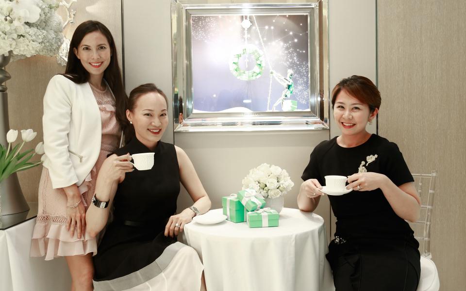 Geraldine Dreiser, Kristine Goh and Lim Ai San