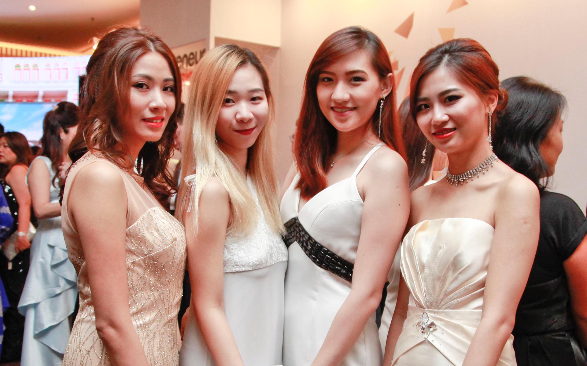 Yen Ong, Weedy Gan, Shiok Leng and Eunice Yuan
