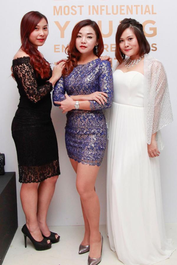 Ivy Ng, Amy Hong and Vanessa Wong